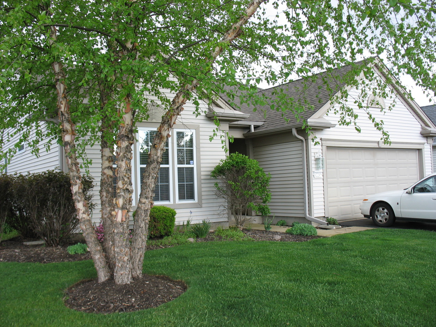 Photo of 12215 Arlington Drive  HUNTLEY  IL