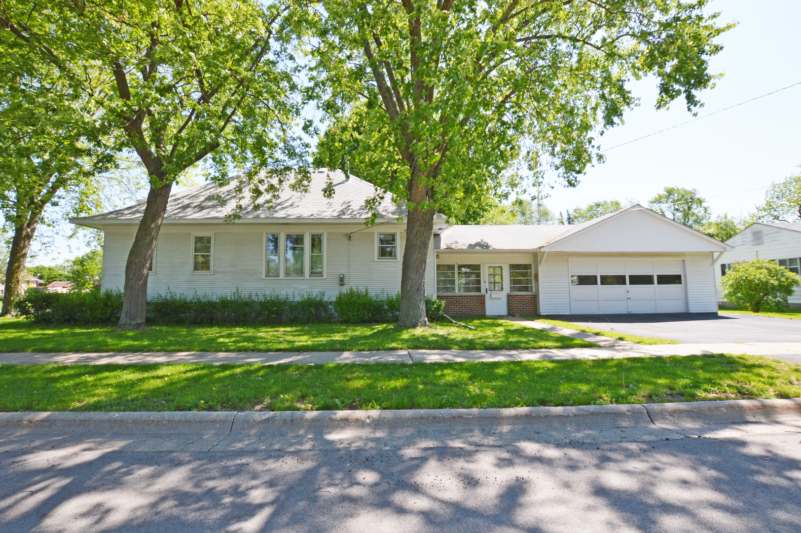 Photo of 417 West Dearborn Street  PLANO  IL
