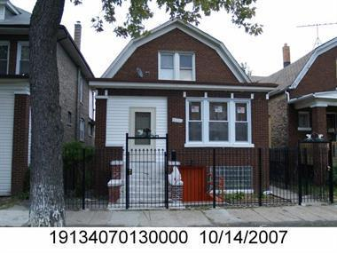 Photo of 5921 South artesian Avenue  CHICAGO  IL