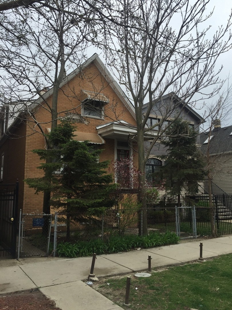 Photo of 3519 West Wolfram Street  CHICAGO  IL