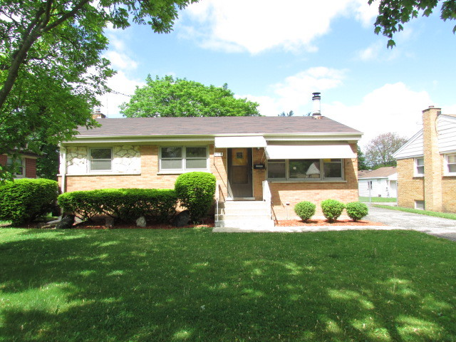 Photo of 428 VASSAR Lane  DES PLAINES  IL