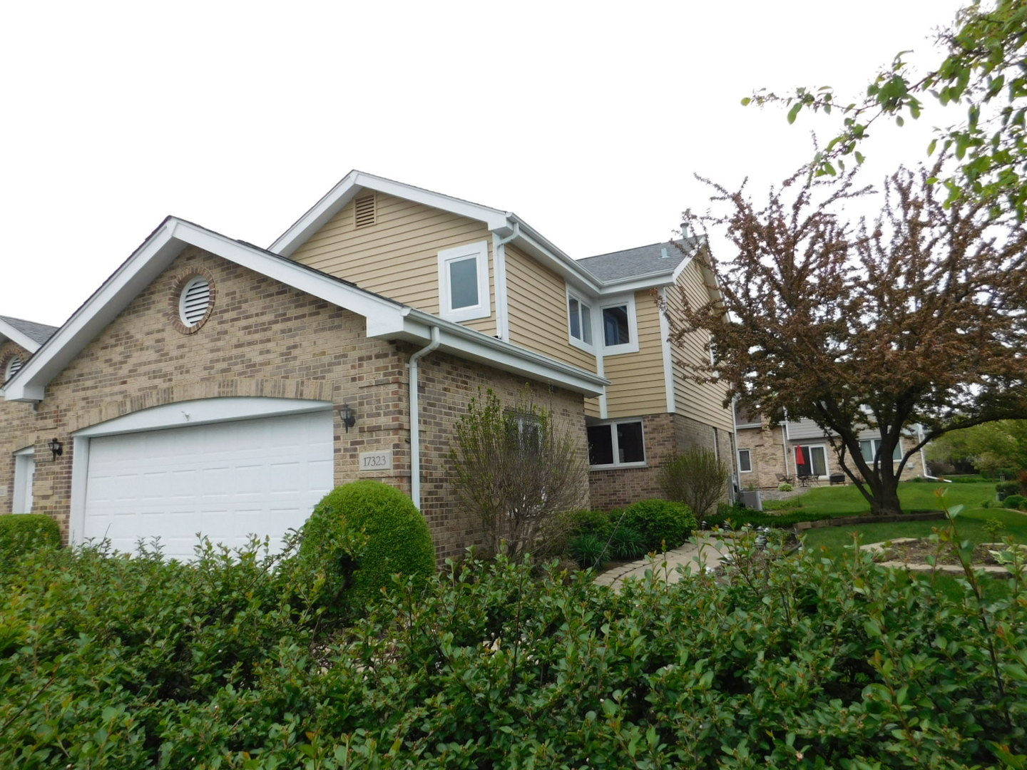 Photo of 17323 LAKEBROOK Drive  ORLAND PARK  IL