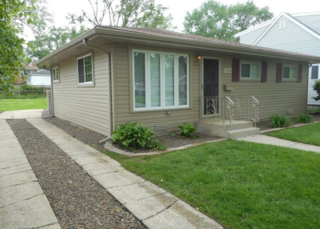Photo of 7314 West 114th Place  WORTH  IL