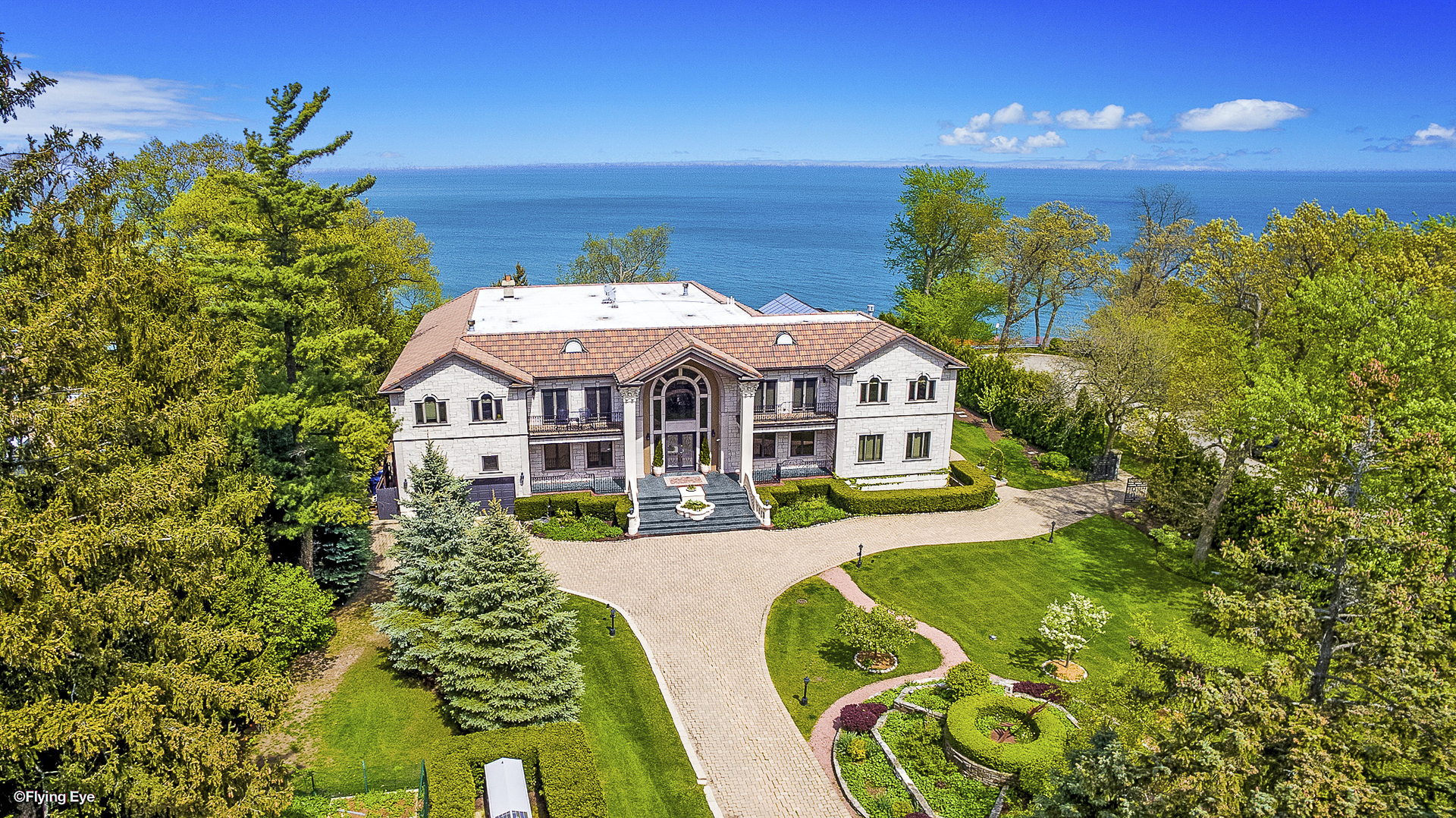 illinois waterfront property in highland park waukegan