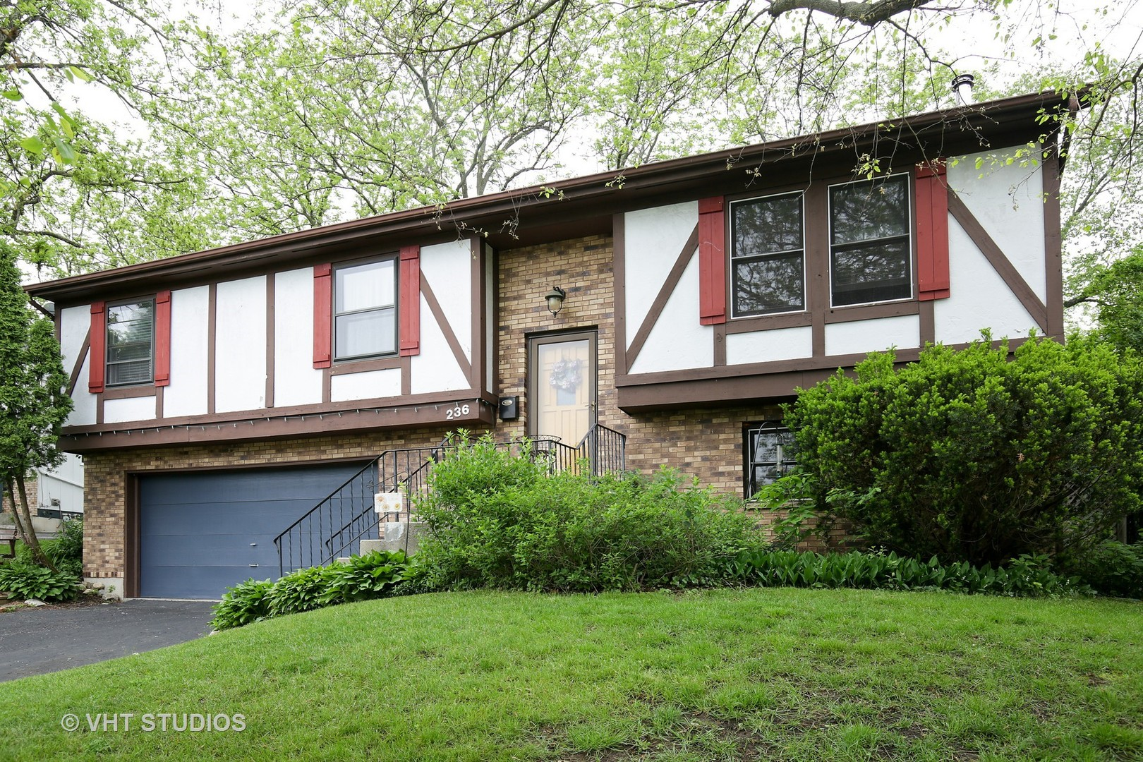 Photo of 236 Thomas Street  CARY  IL