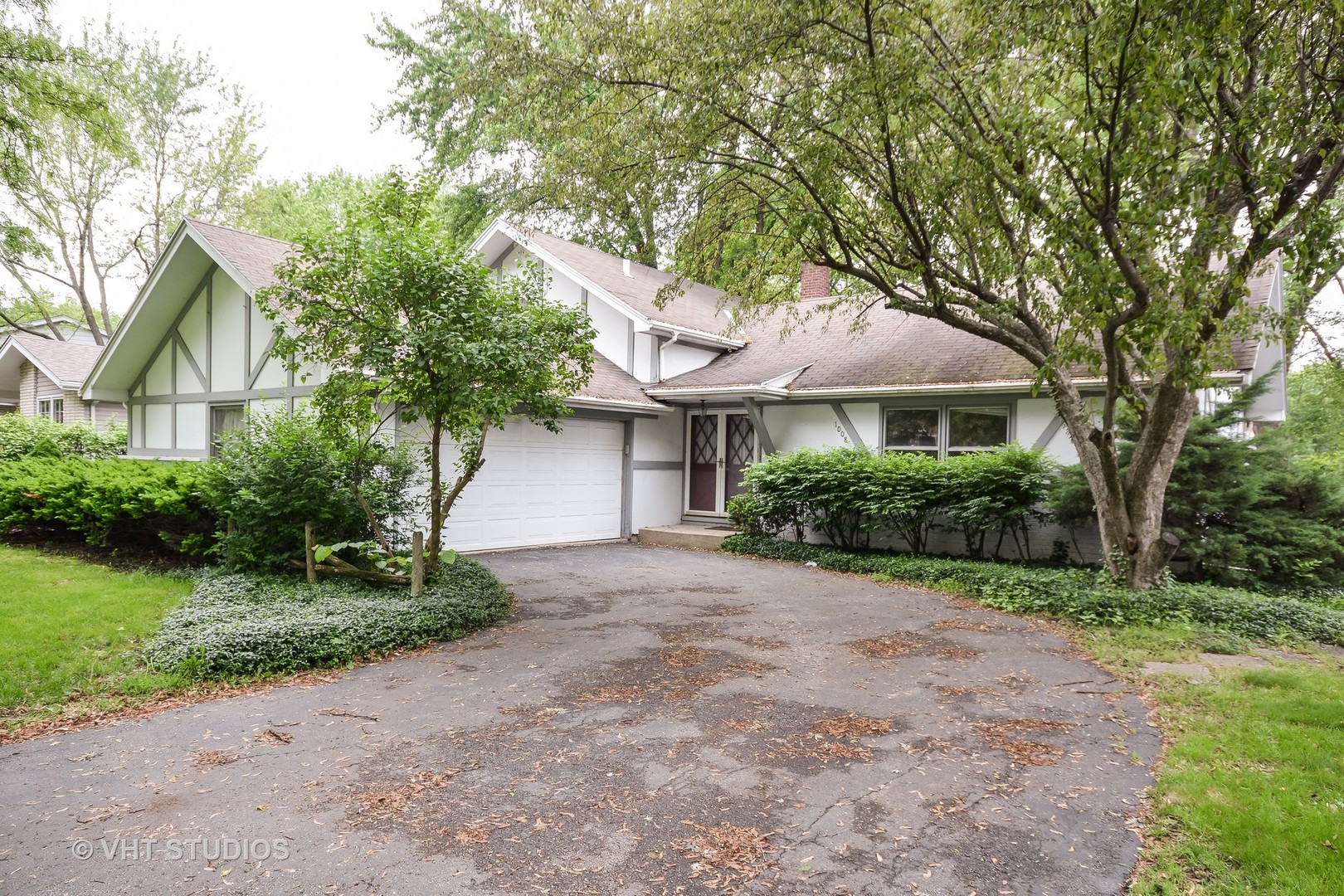 Photo of 1008 ROYAL ST GEORGE Drive  NAPERVILLE  IL