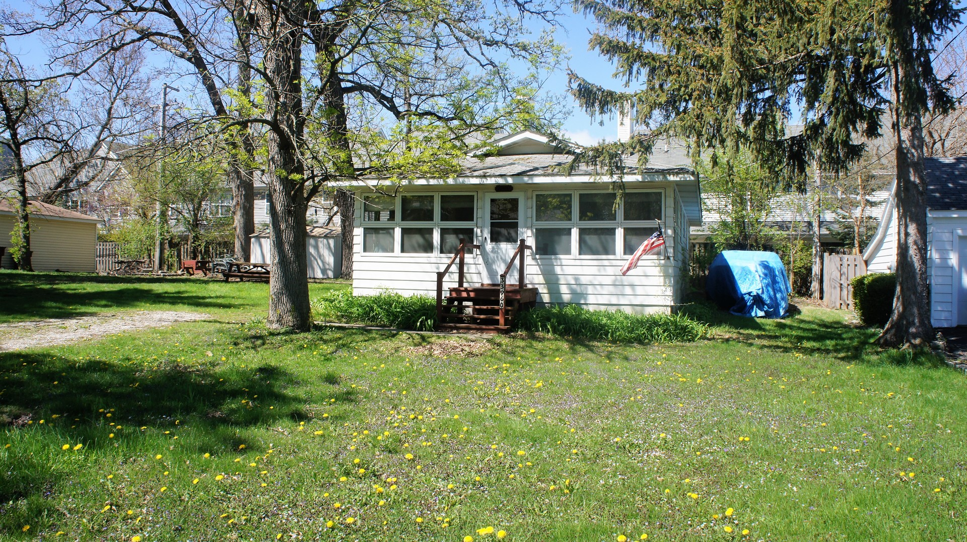Photo of 33960 North Lake Road  GRAYSLAKE  IL
