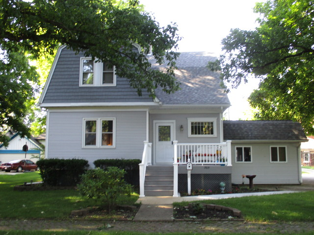 Photo of 305 East Houghton Street  TUSCOLA  IL