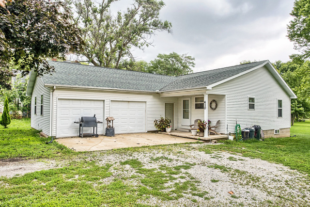 Photo of 410 South Sanford Street  IVESDALE  IL