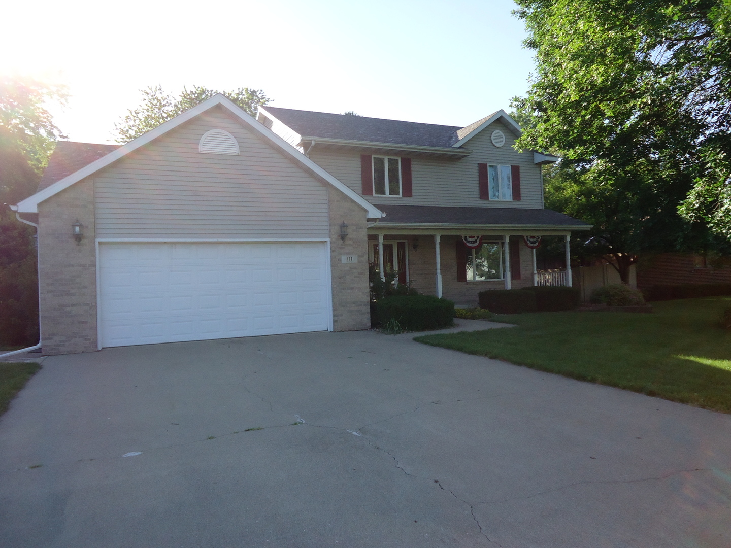 Photo of 111 South Loveridge Lane  WATSEKA  IL
