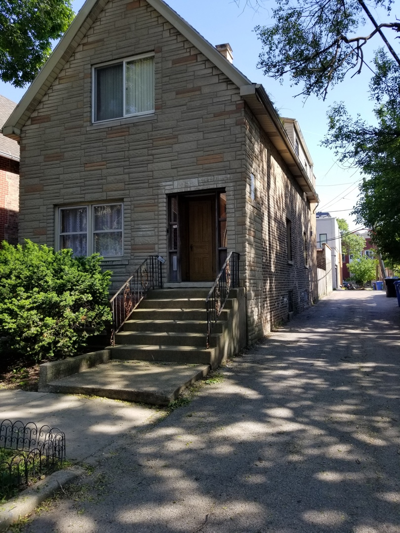 Photo of 2147 West Moffat Street  CHICAGO  IL