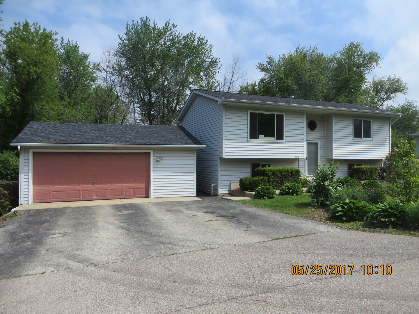 Photo of 25350 West HAWTHORNE Avenue  ANTIOCH  IL