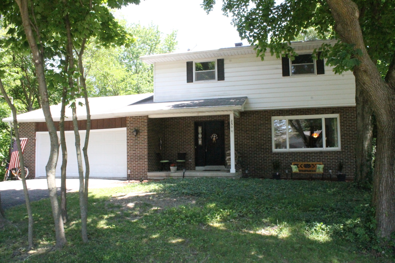 Photo of 250 North View Street  HINCKLEY  IL