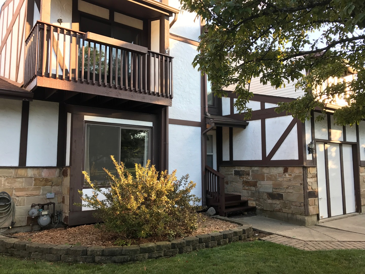 Photo of 1731 Brookwood Drive  DOWNERS GROVE  IL