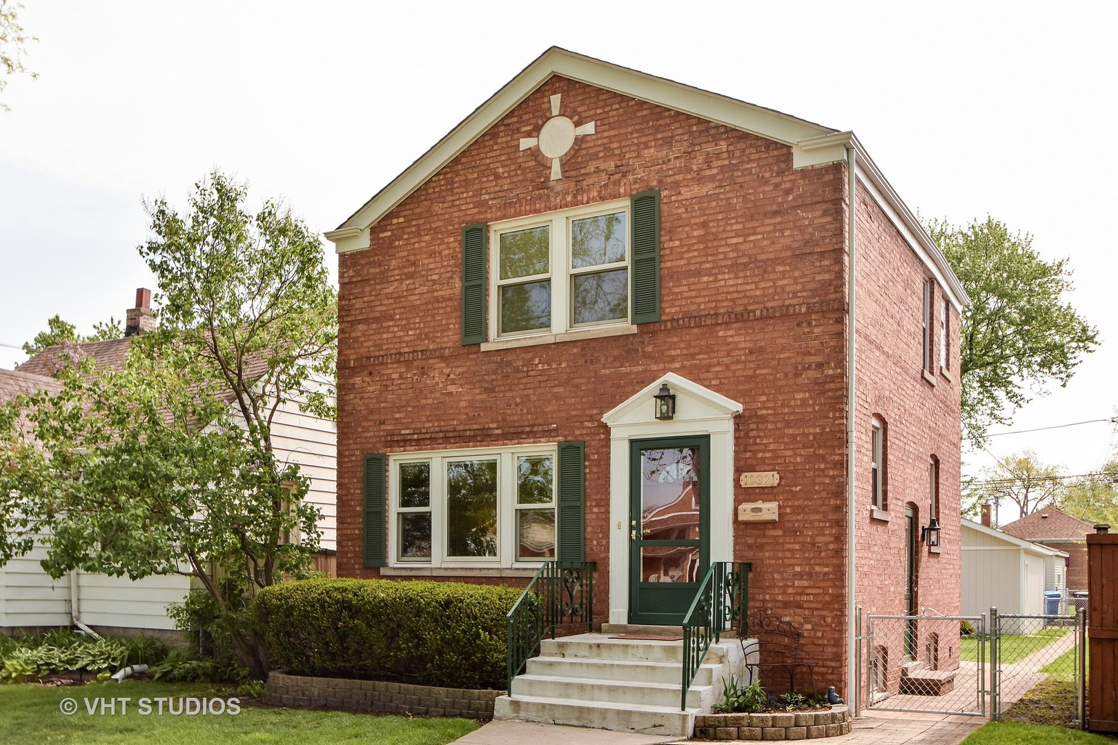 Photo of 10321 South Albany Avenue  CHICAGO  IL