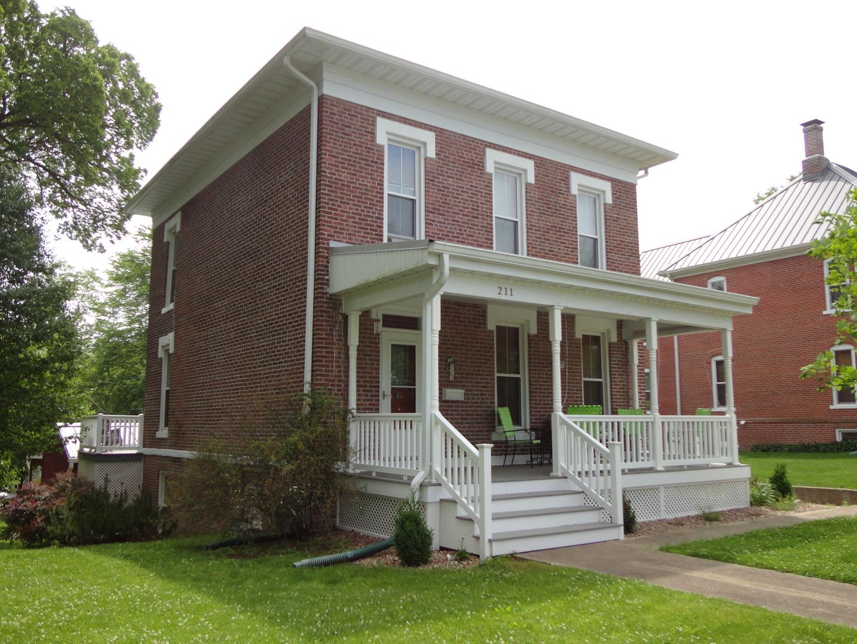 Photo of 211 North Washington Street  Shelbyville  IL