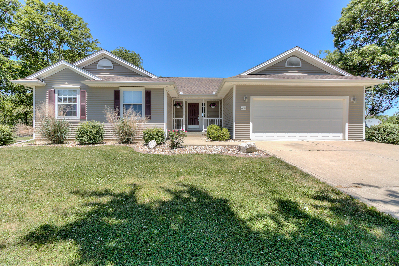 Photo of 2438 County Road 1150 N  HOMER  IL