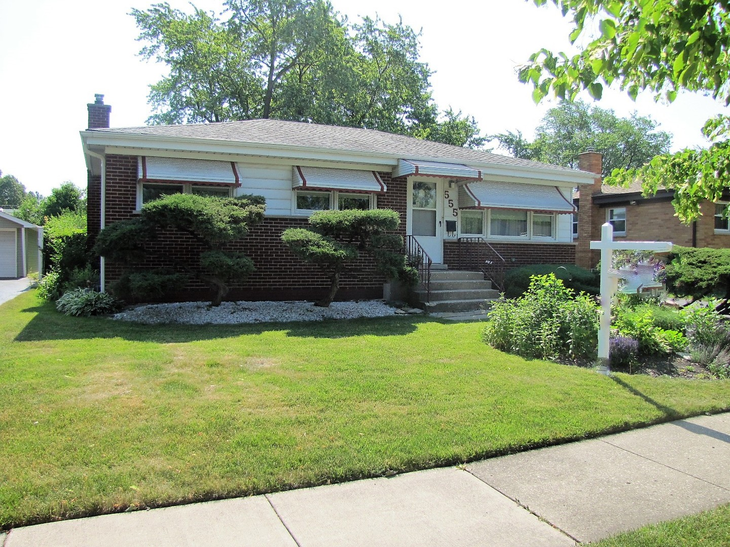 Photo of 555 RADCLIFFE Avenue  DES PLAINES  IL