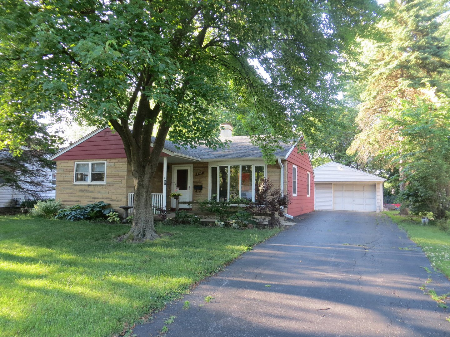 Photo of 2410 Campbell Street  ROLLING MEADOWS  IL