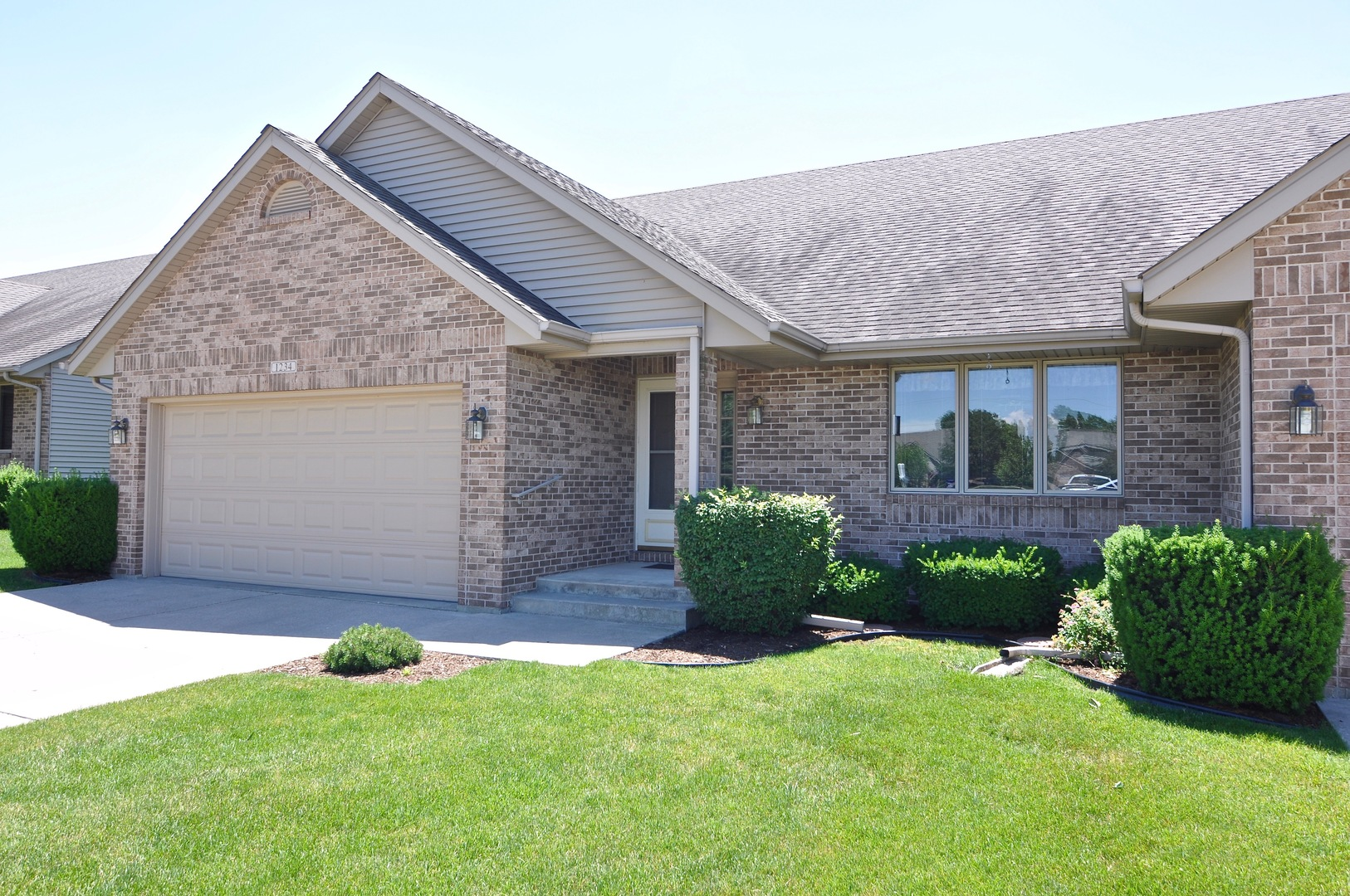 Photo of 1234 Milan Drive South  SYCAMORE  IL