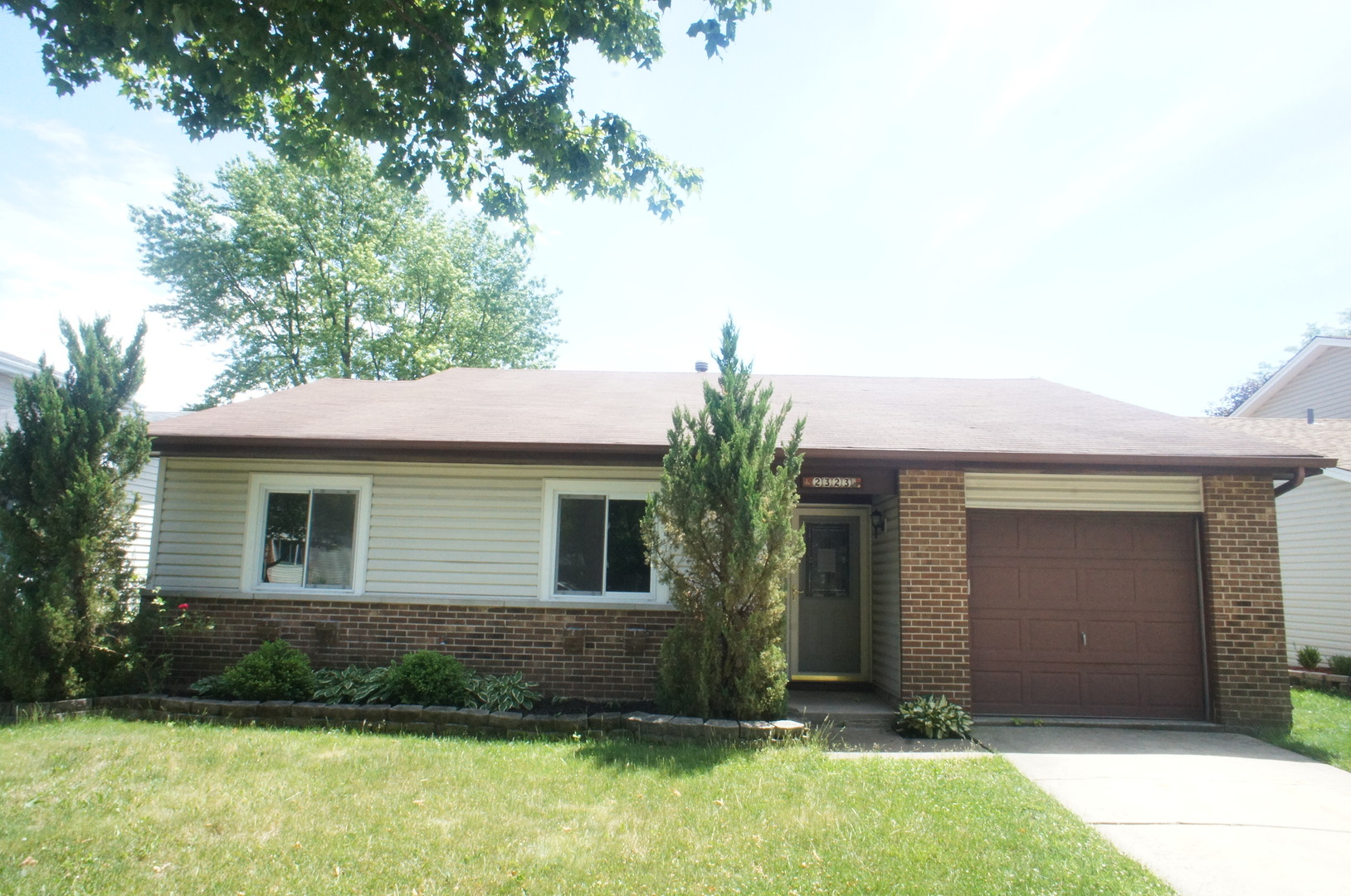Photo of 2323 Sunnydale Drive  WOODRIDGE  IL