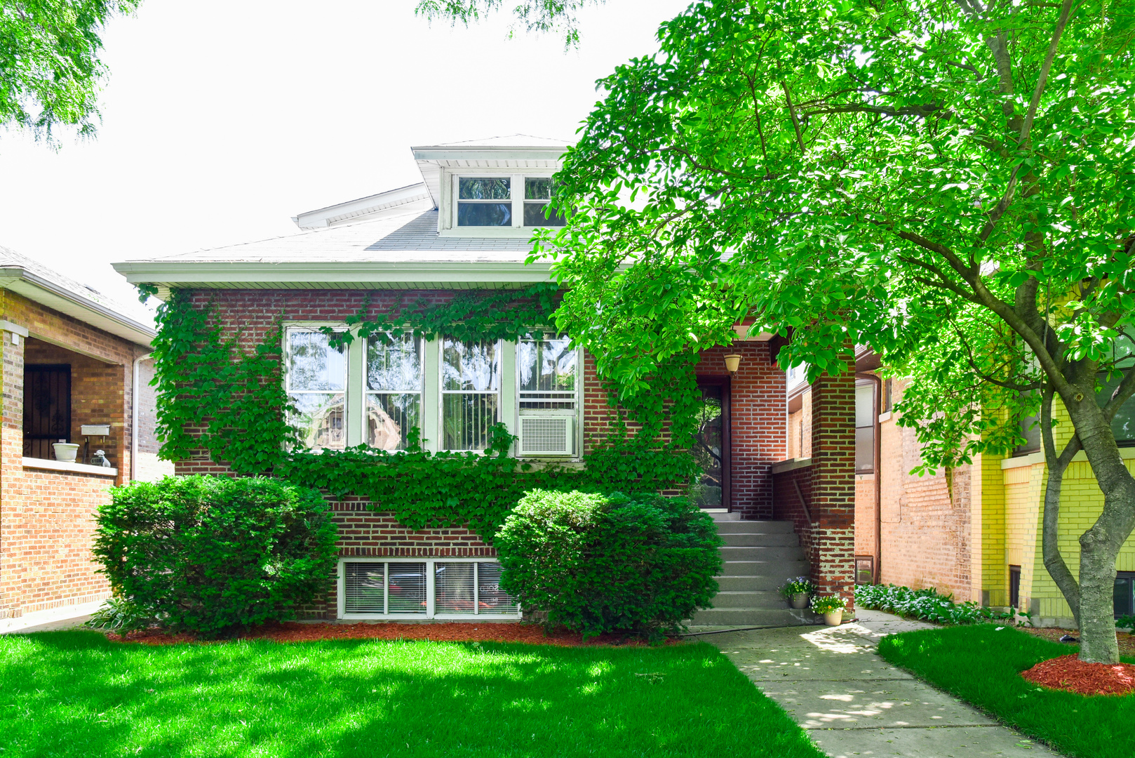 Photo of 6105 North Maplewood Avenue  CHICAGO  IL