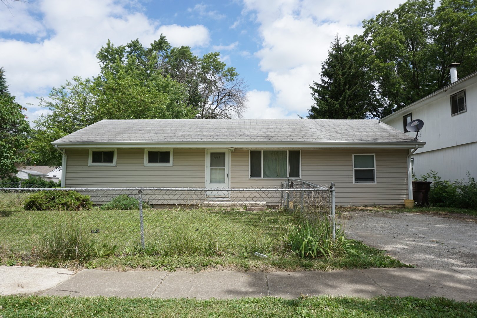 Photo of 1525 Eater Drive  RANTOUL  IL