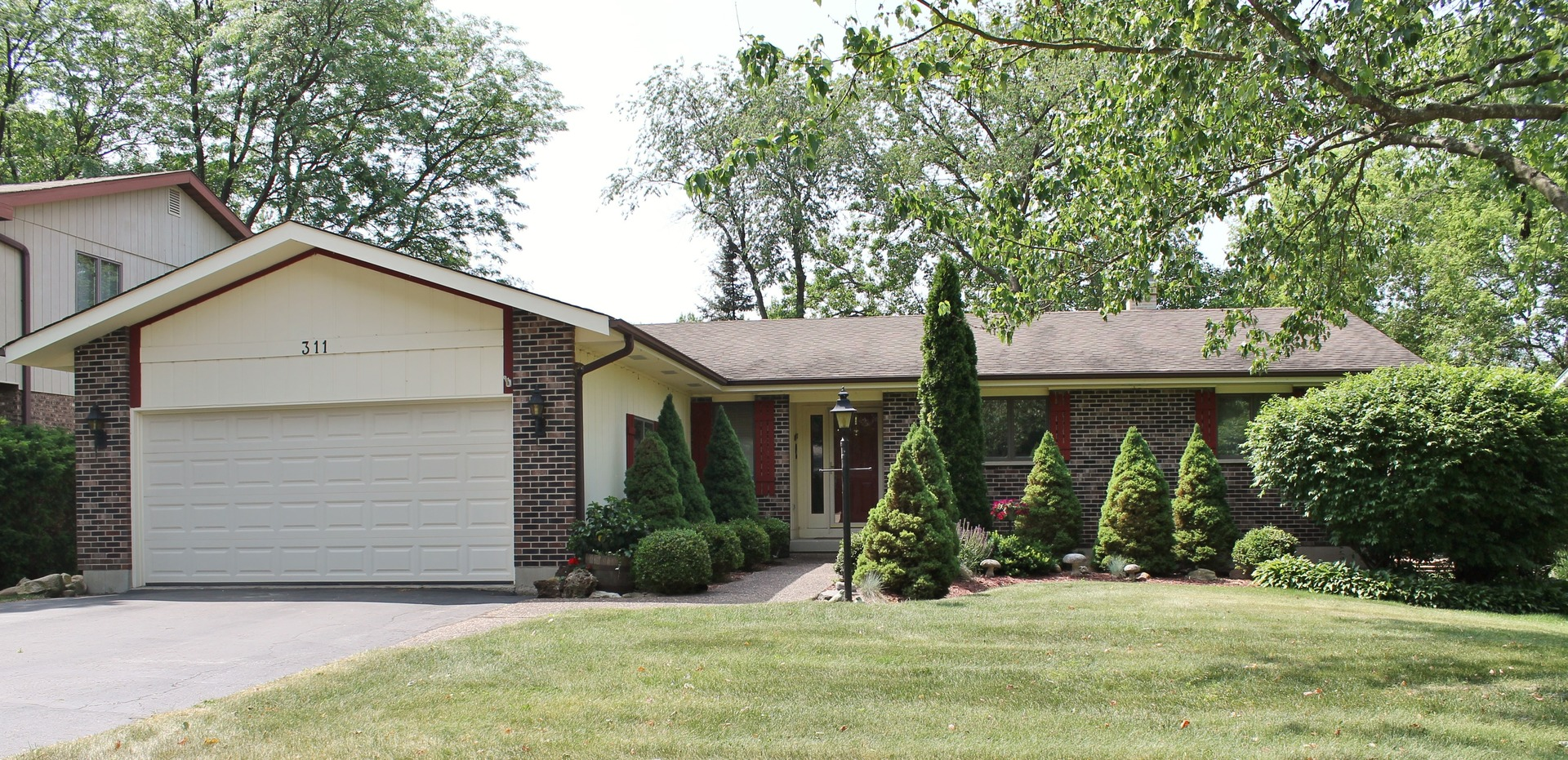 Photo of 311 Bell Drive  CARY  IL