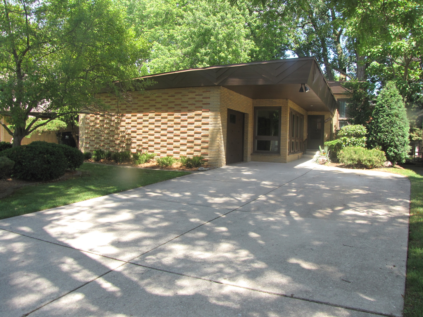 Photo of 7033 North Karlov Avenue  LINCOLNWOOD  IL