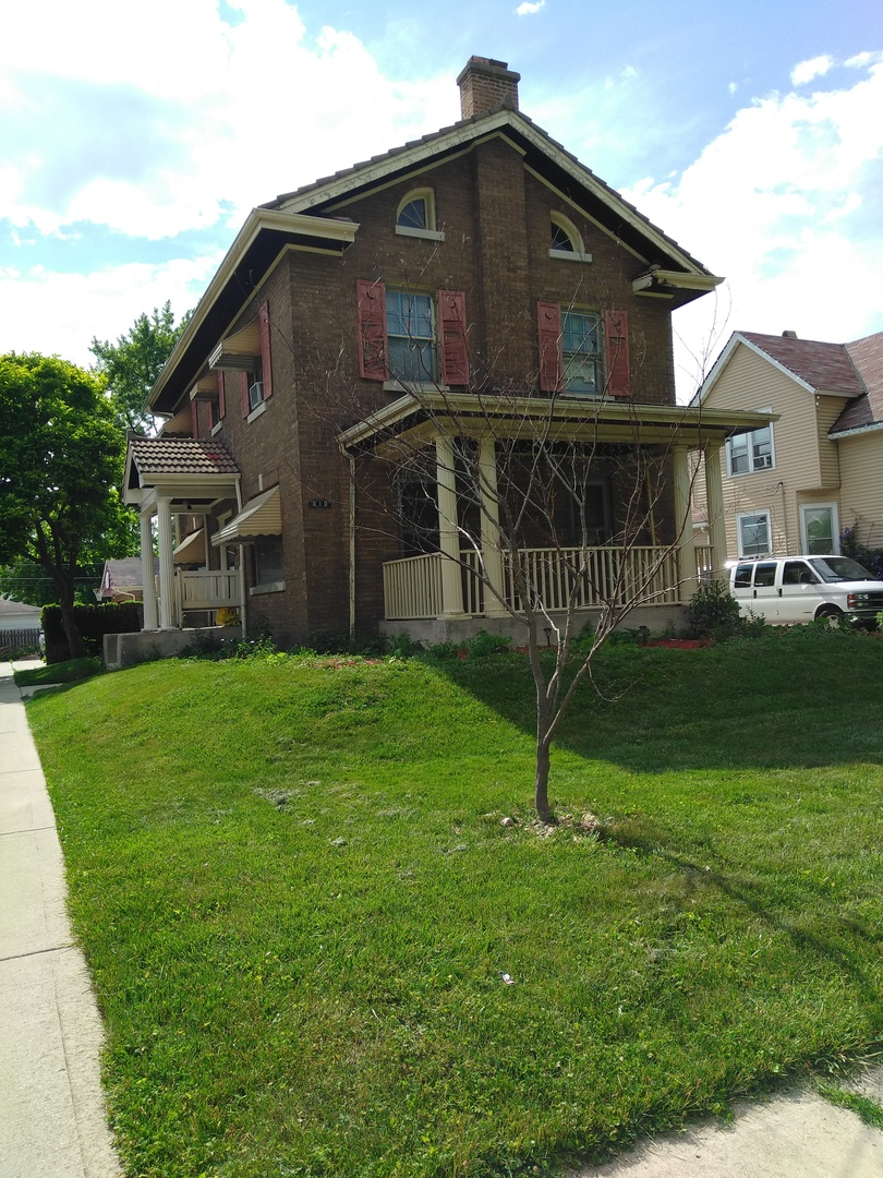 Photo of 810 North 8th Avenue  MAYWOOD  IL