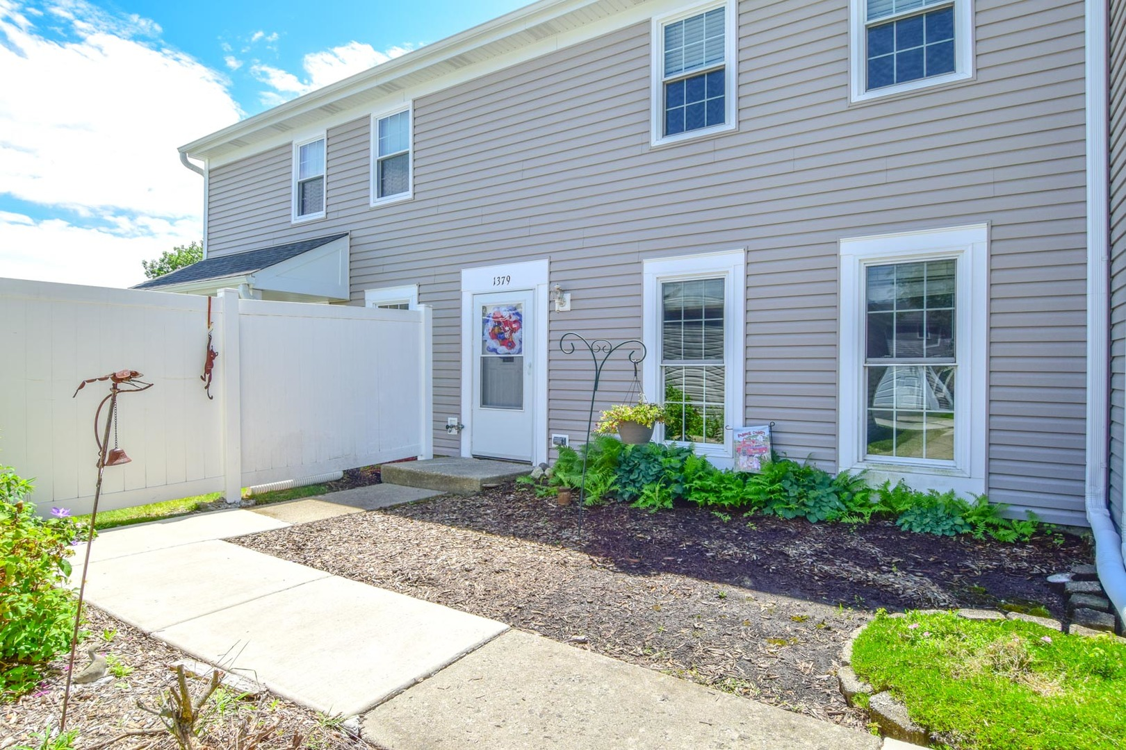 Photo of 1379 Carriage Way  ROSELLE  IL