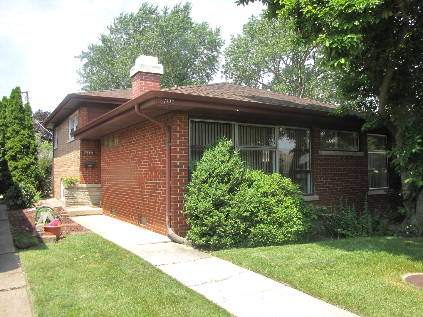 Photo of 7730 North Kenneth Avenue  SKOKIE  IL