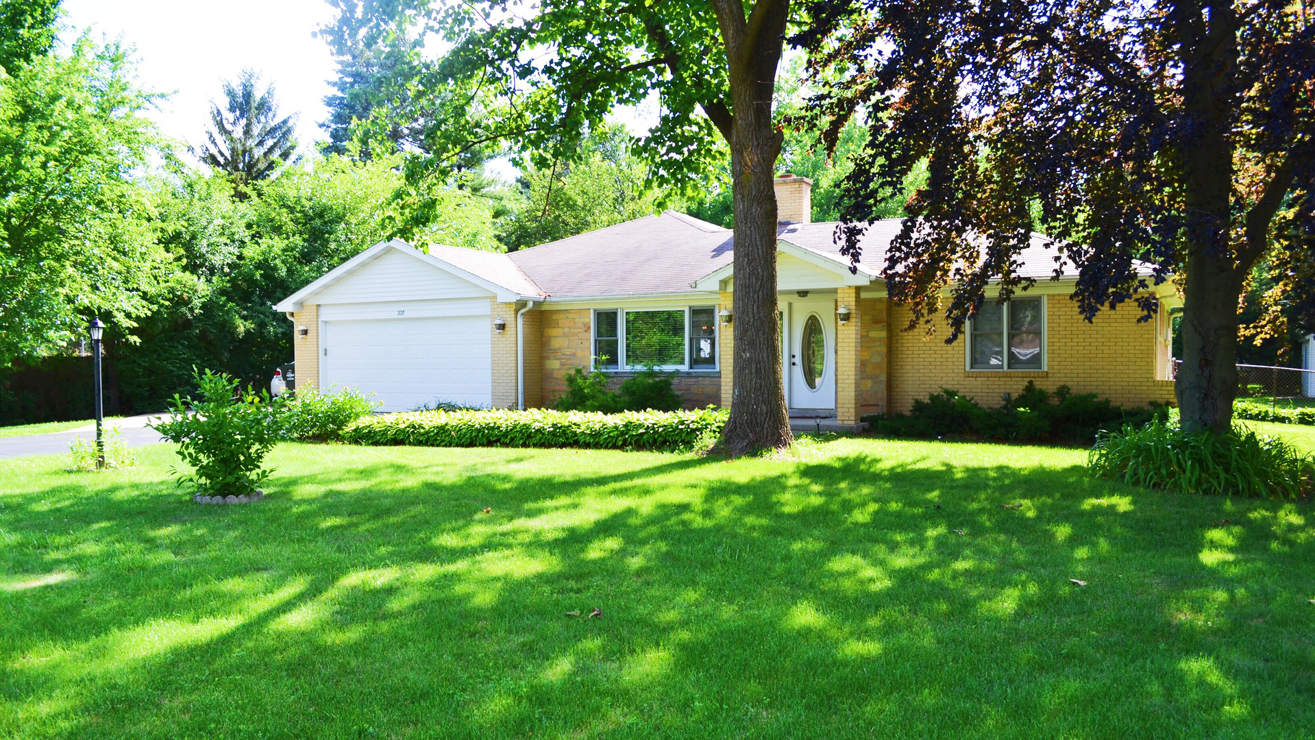 Photo of 307 North Schoenbeck Road  PROSPECT HEIGHTS  IL
