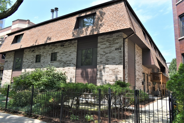 Photo of 858 West LAKESIDE Place  CHICAGO  IL