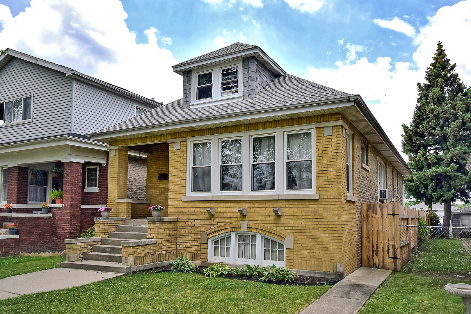 Photo of 4179 West Nelson Street  CHICAGO  IL