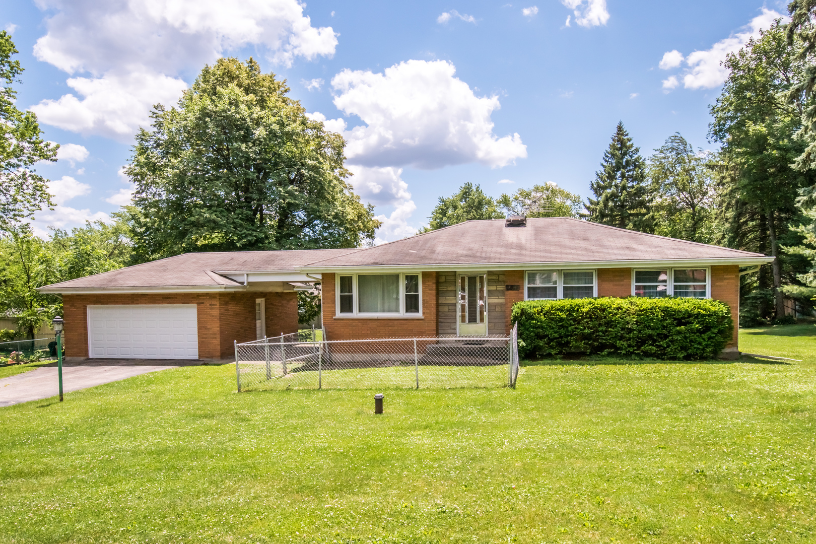 Photo of 23W285 Armitage Avenue  GLEN ELLYN  IL
