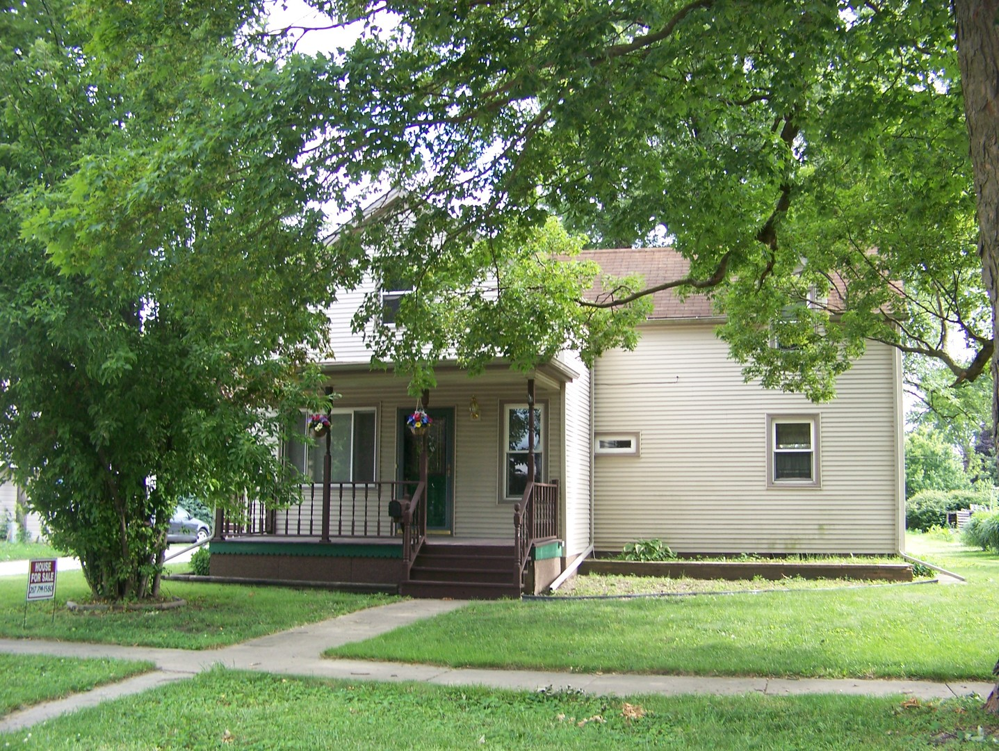 Photo of 110 West Orleans Street  PAXTON  IL