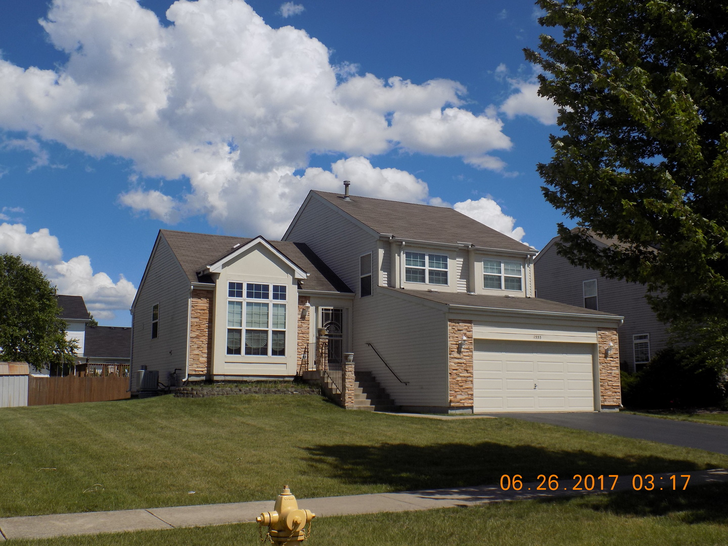 Photo of 1555 Farmside Lane  BOLINGBROOK  IL