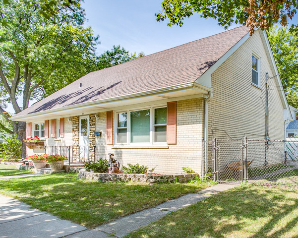 Photo of 301 East Division Street  ITASCA  IL
