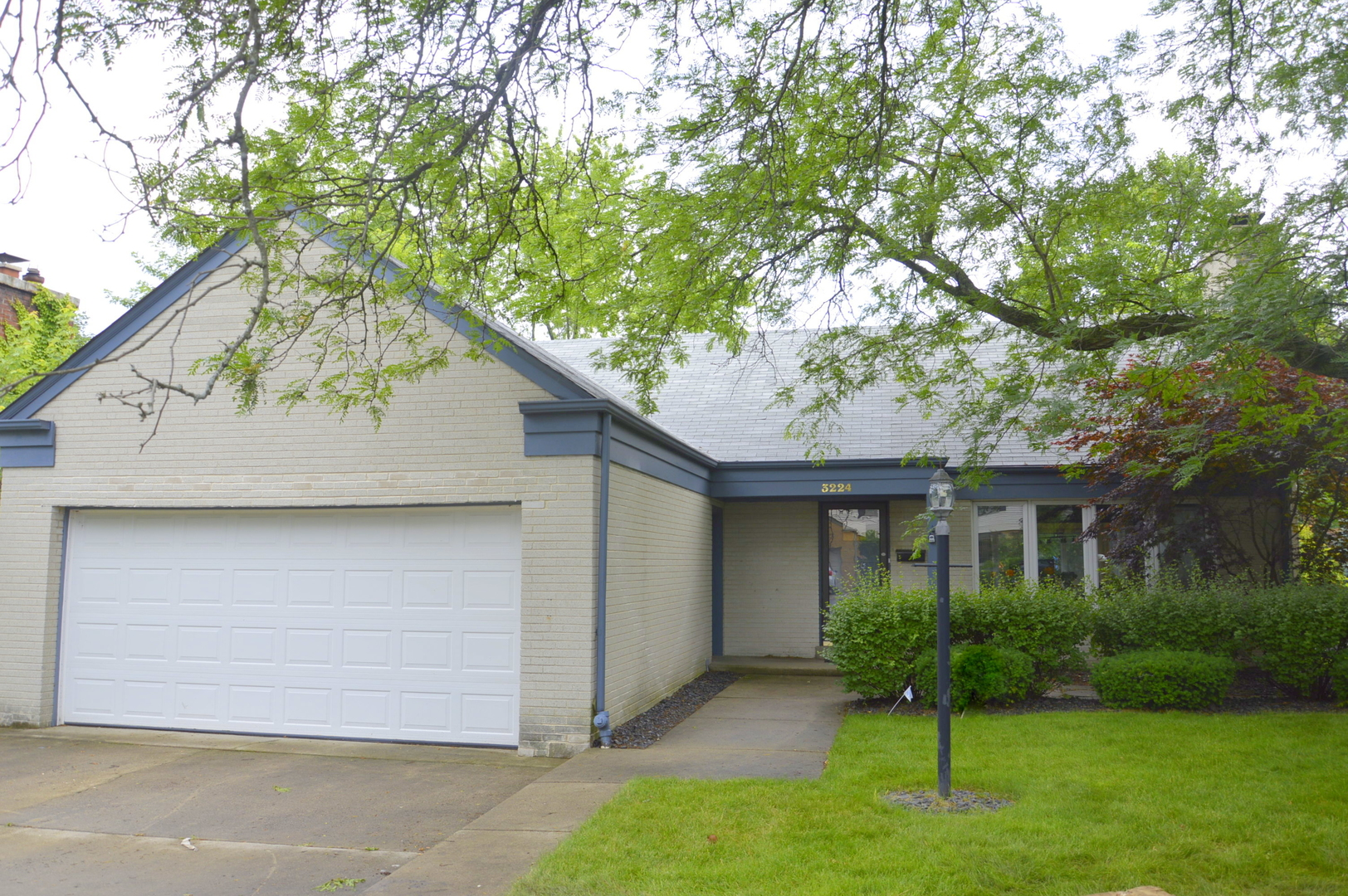 Photo of 3224 Otto Lane  EVANSTON  IL
