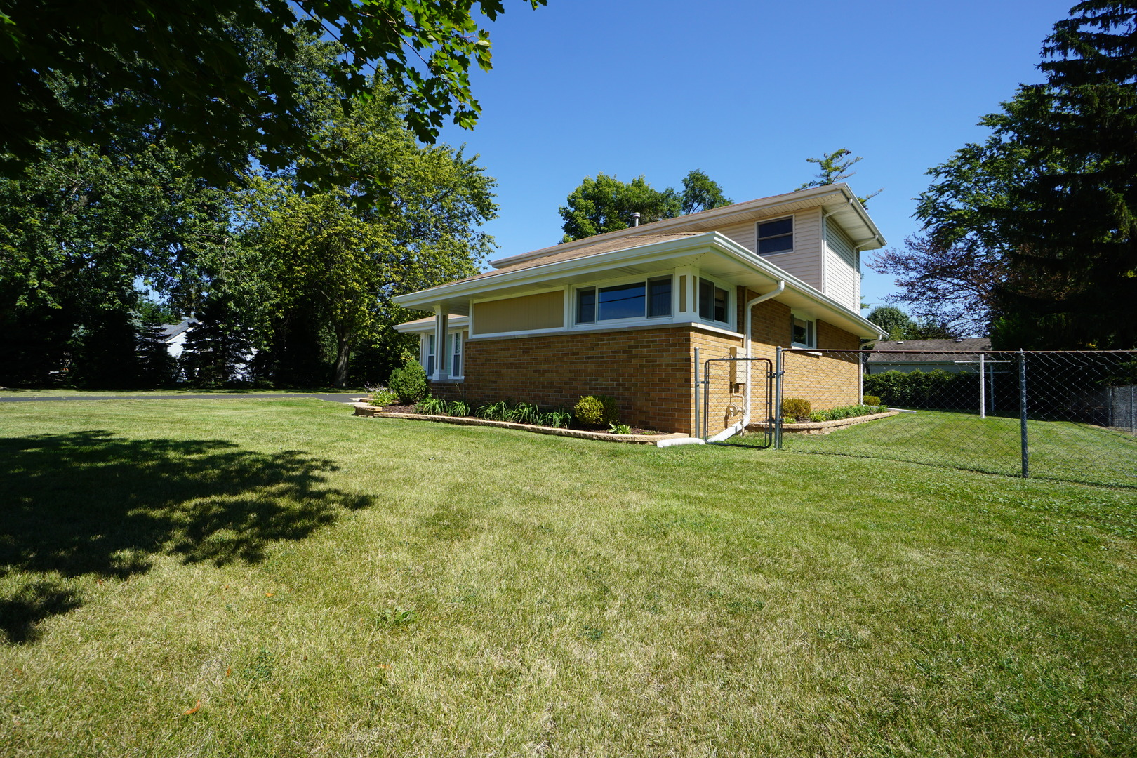 Photo of 12231 South 71st Court  PALOS HEIGHTS  IL