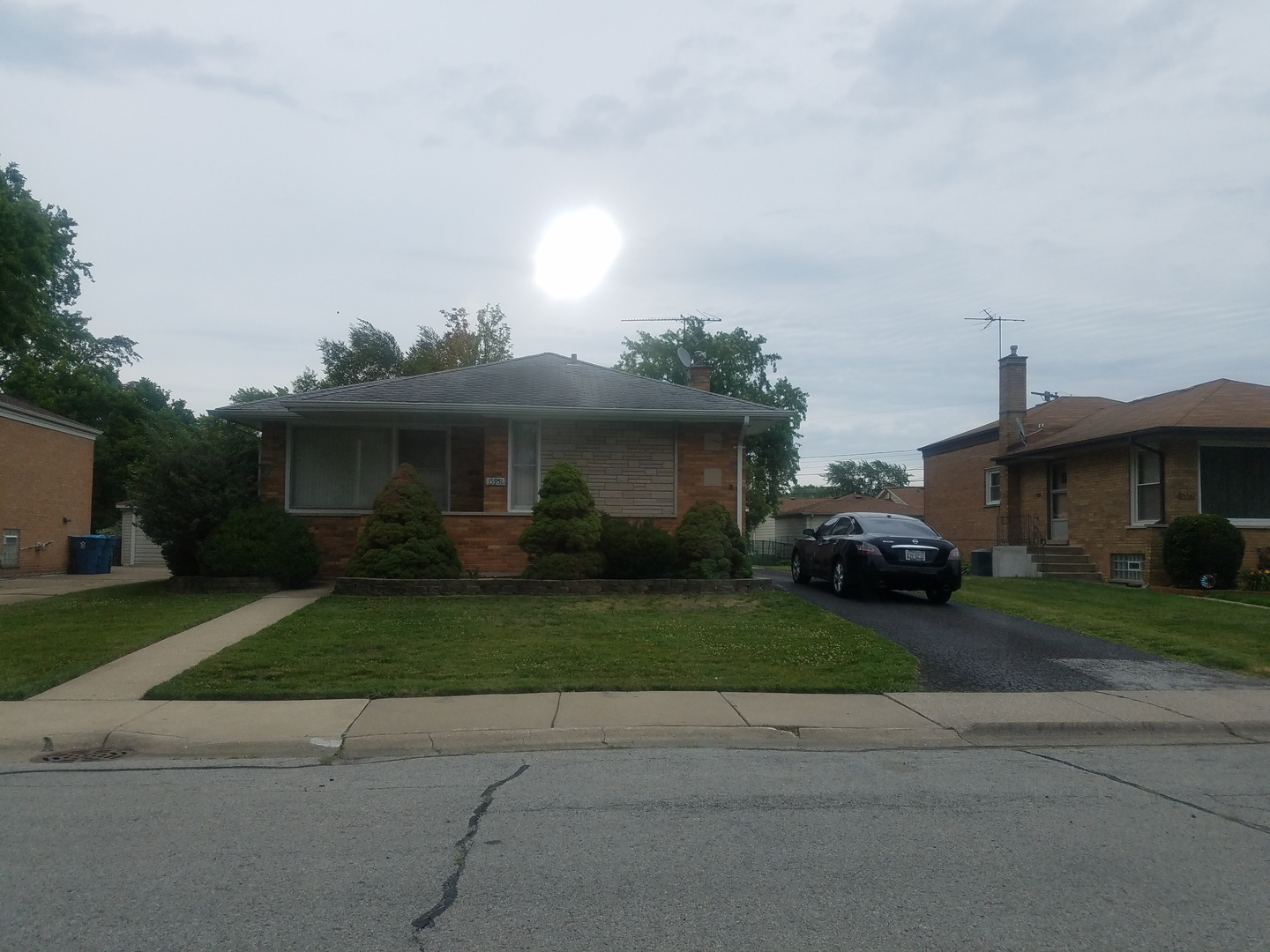 Photo of 15951 Dobson Avenue  SOUTH HOLLAND  IL