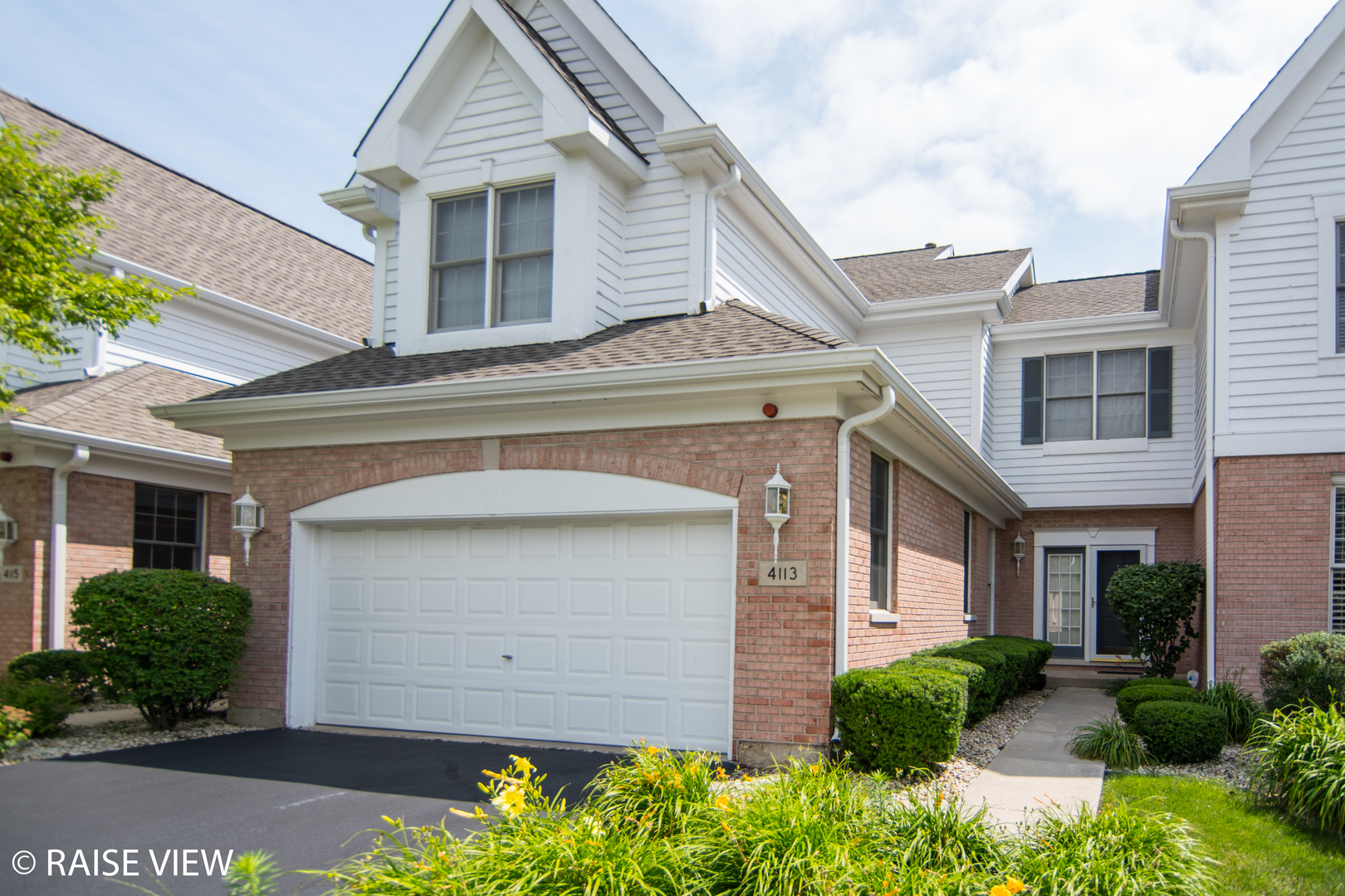 Photo of 4113 Stableford Lane  NAPERVILLE  IL