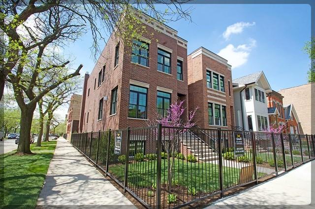 1300 North Bell Avenue, Bucktown, Illinois