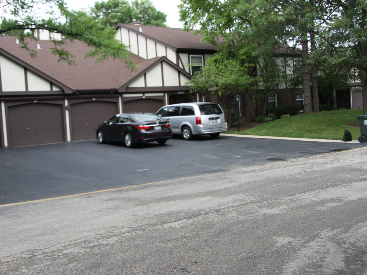 Photo of 2900 Northampton Drive  ROLLING MEADOWS  IL