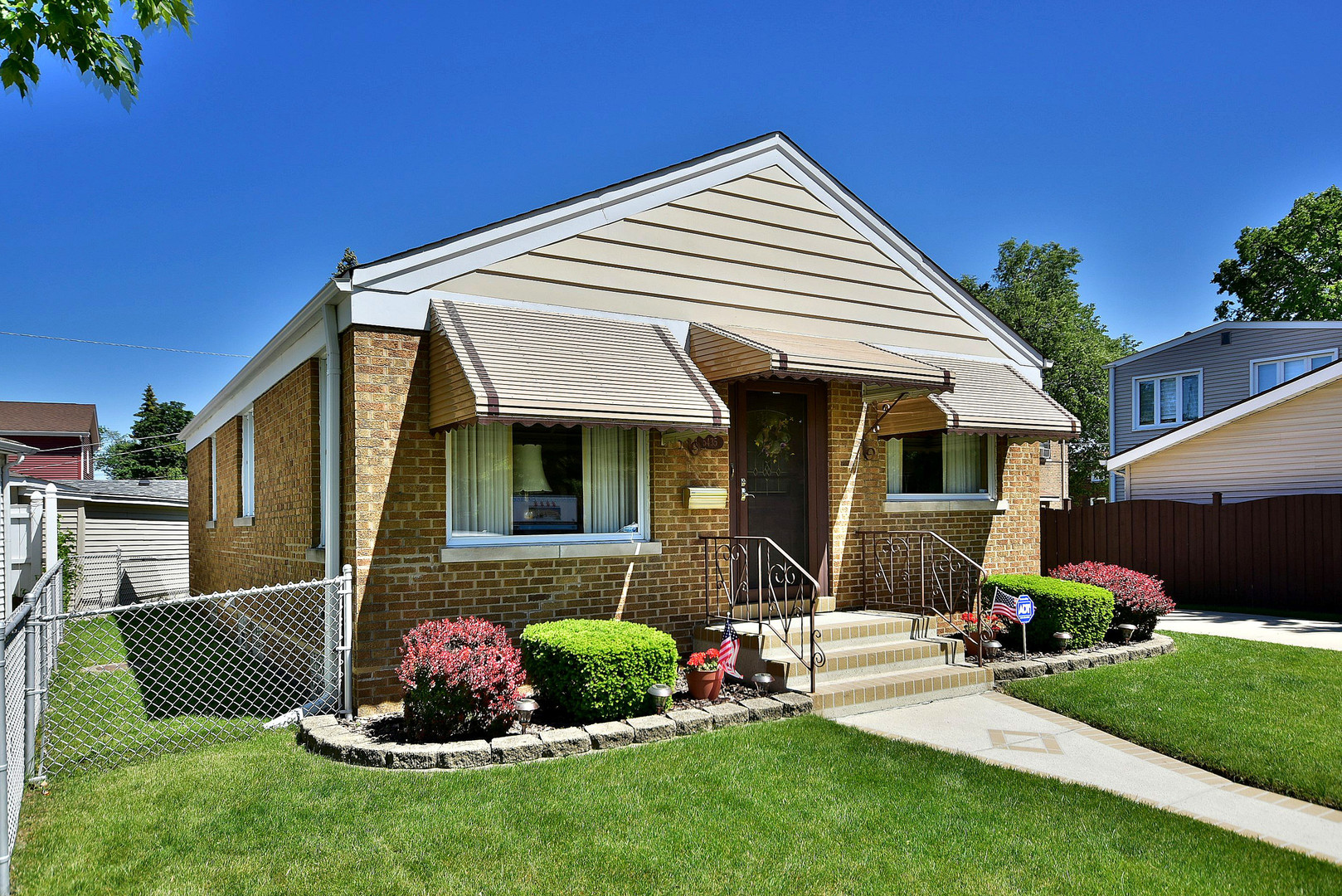 Photo of 5435 North Oketo Avenue  CHICAGO  IL