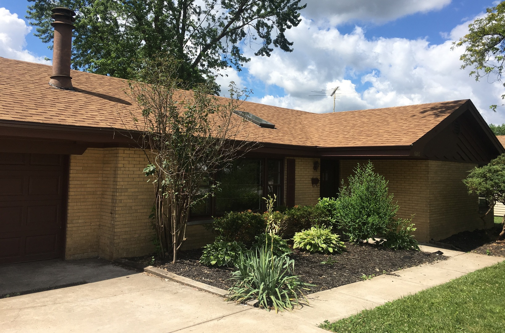 Photo of 6843 West 113th Place  WORTH  IL