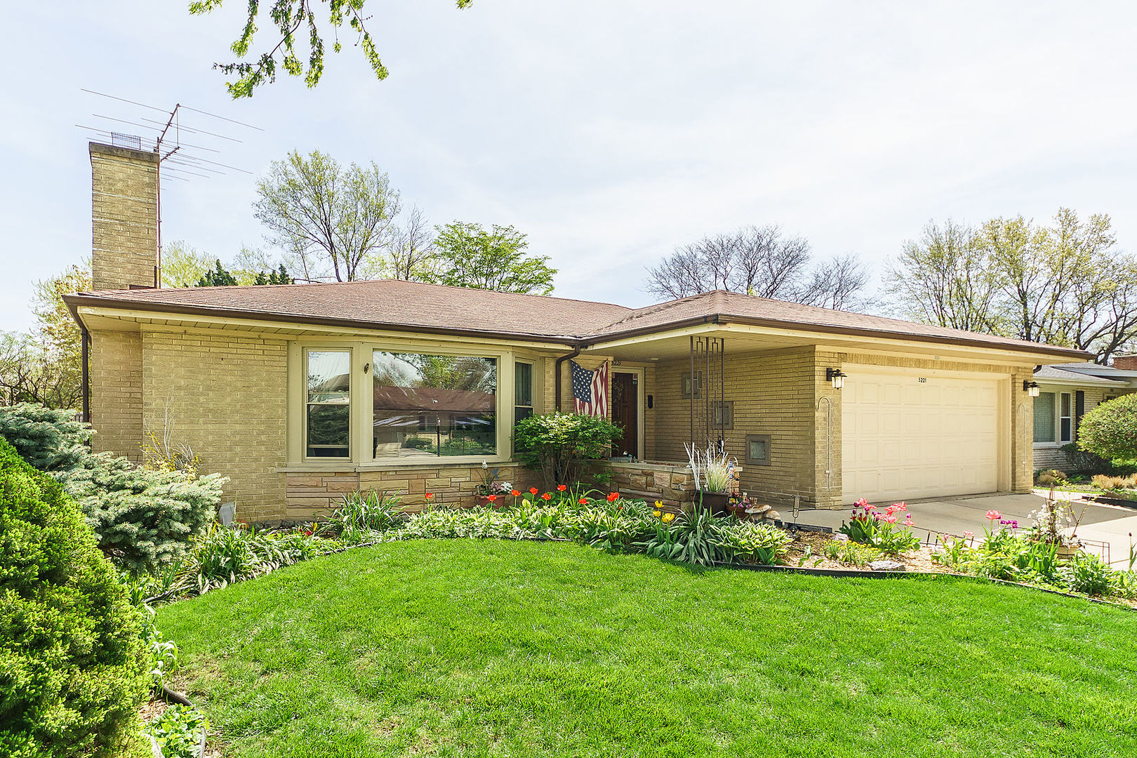 Photo of 5221 Clausen Avenue  WESTERN SPRINGS  IL