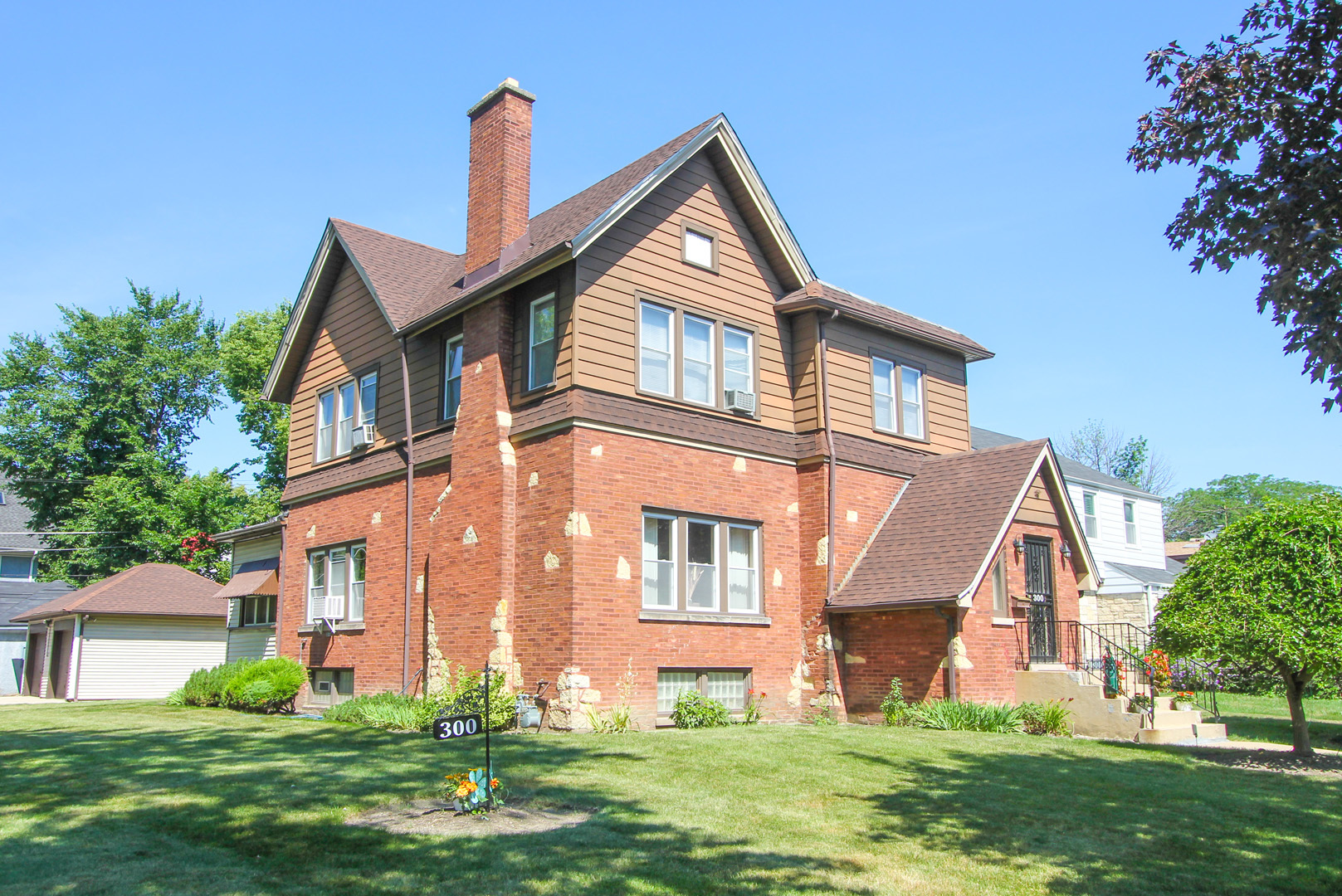 Photo of 300 North 2nd Avenue  MAYWOOD  IL