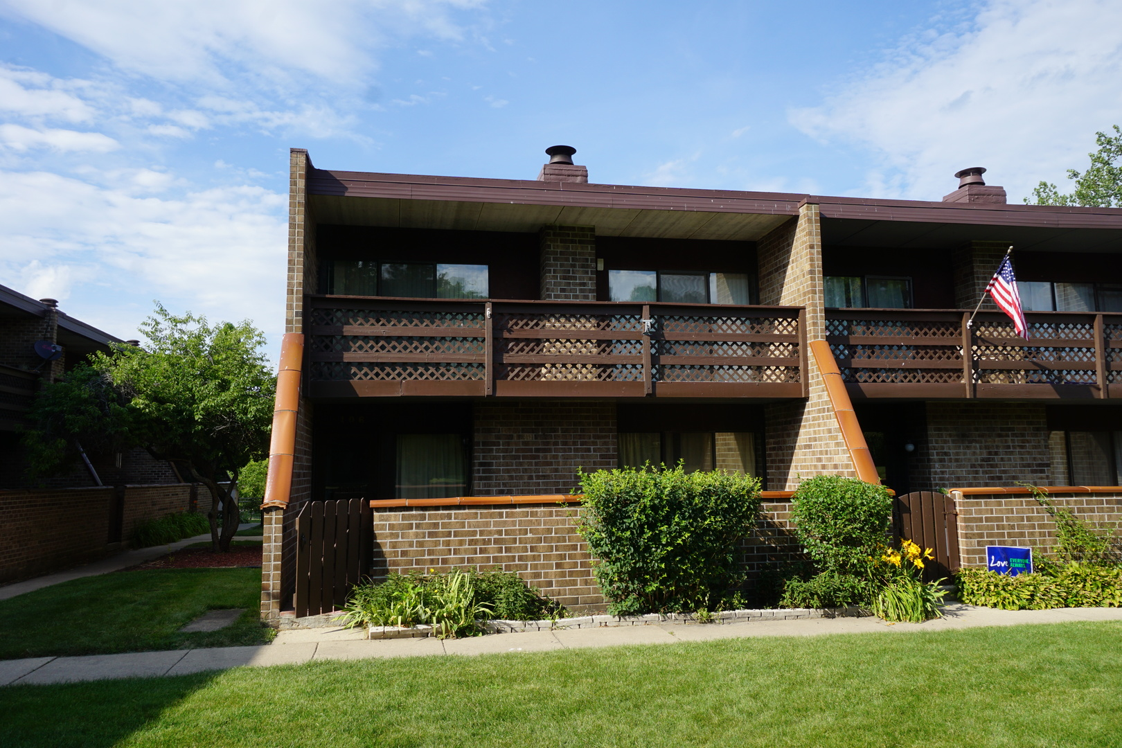 Photo of 106 Kenneth Circle  ELGIN  IL